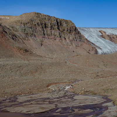 Ice in dry land. An outlet glacier in Disko Island, Greenland (Matteo Tolosano)