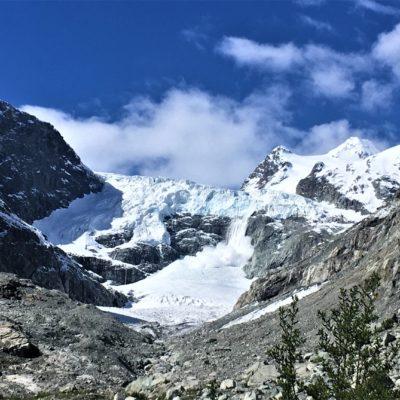 """Early summer snow """"unloading"""" Mont Miné glacier, Switzerland (Martina Schön)"""